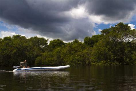 Motorboat Earth by Torqeedo Silent Outboards Power Planet Earth Ii Motor