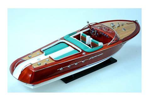 Rc Boats Model Speed by Built Riva Aquarama Rc Ready Classic Speed Boat Model