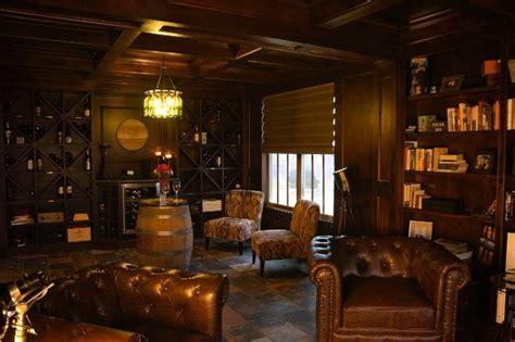 ZT Wine & Cigar lounge - Transitional - Living Room