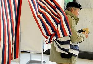 French presidential election 2017: Emmanuel Macron takes ...