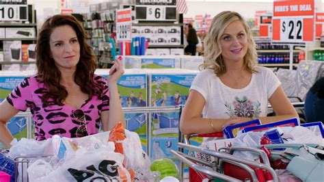 tina fey movie sisters amy poehler tina fey are sisters in new movie trailer