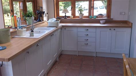 meadows kitchens shaker wood white kitchen fitted