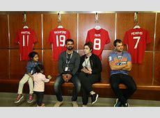 Pakistani cricket stars take families on Manchester United