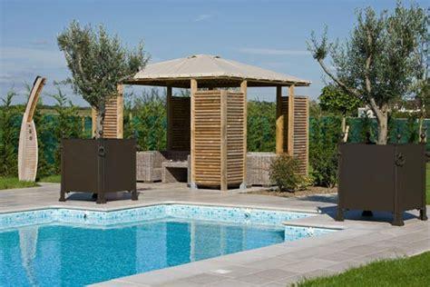cuisine avec bar ouvert sur salon pool house piscine piscine services