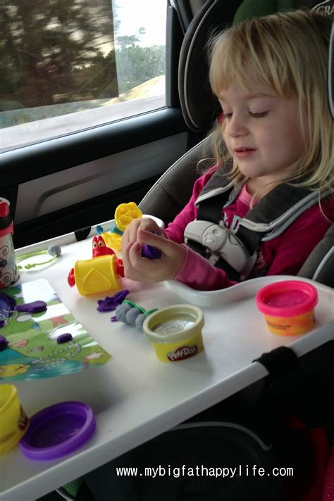 Tips For Entertaining Your  Ee  Toddler Ee   On An Airplane Or Road