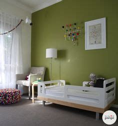 green feature wall ideas lounge room red feature wall sheerpassion whiteswan seedpearl living rooms pinterest