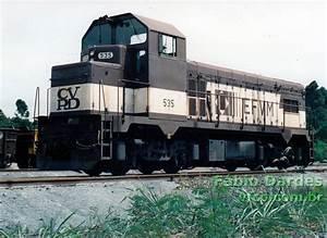 A Locomotiva  U0026quot Cabe U00e7uda U0026quot  Da Estrada De Ferro Vit U00f3ria A