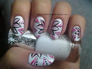 Most beautiful flowers nail art design ideas