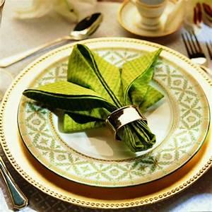 Servietten Falten Tischdeko : servietten falten weihnachten deko ideen ~ Markanthonyermac.com Haus und Dekorationen