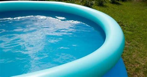 l entretien d une piscine gonflable