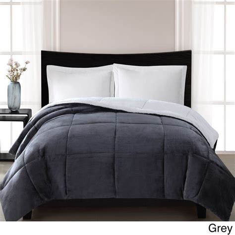 Fog Bedding by 1000 Ideas About Fur Comforter On Western