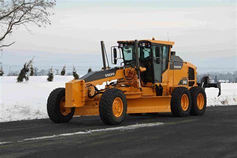 volvo launches tier  final engines  series excavators