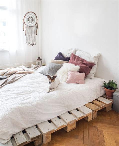 Minimalist Bedroom Diy by Best 25 Diy Bedroom Ideas On Diy Bedroom