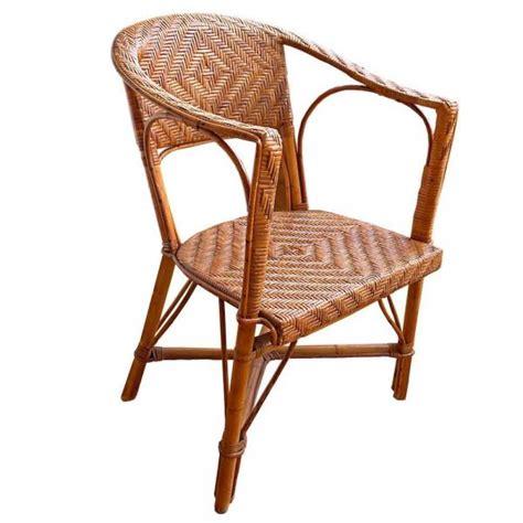 chaise en osier comment r 233 parer une chaise en osier 6 233