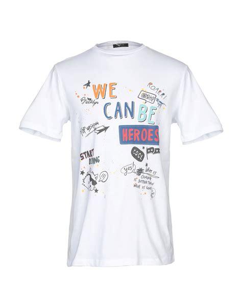 kaos t shirt in white modesens