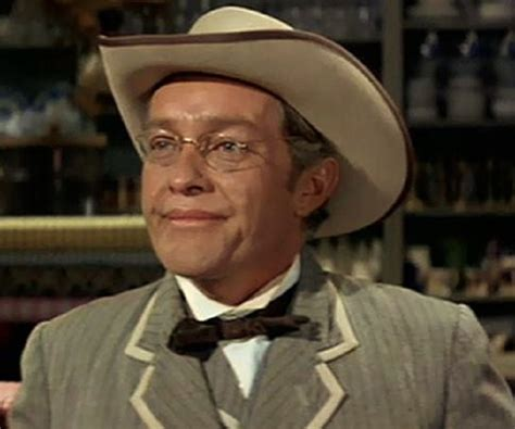 Strother Martin Biography - Facts, Childhood, Family Life ...
