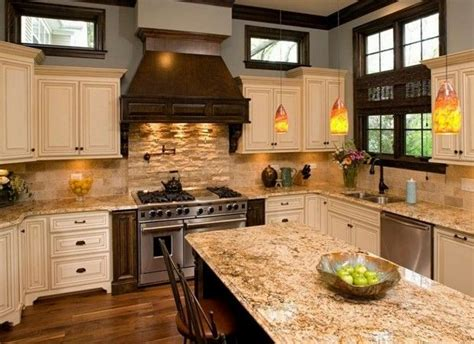 ivory kitchen cabinets what colour countertop 73 best images about antique white kitchens on 9028