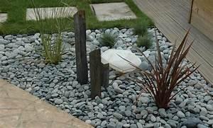 amenagement de jardin avec des pierres veglixcom les With decorer son jardin avec des galets 1 1001 idees et conseils pour amenager une rocaille fleurie