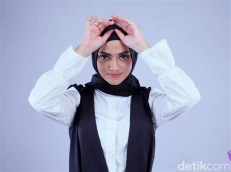 tutorial jilbab turki  model cantik berdarah arab
