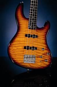 Fender Deluxe Series Jazz Bass 24