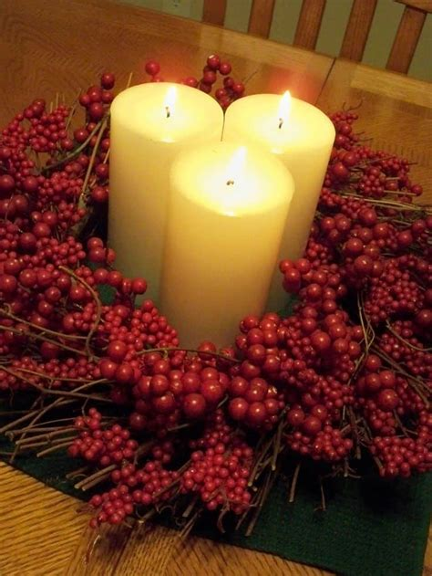 christmas centerpieces   embellish  dining