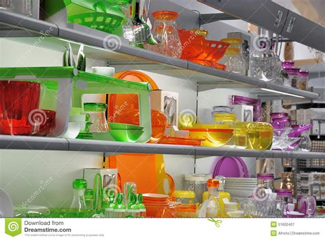 magasin coloré de vaisselle de cuisine photo stock image
