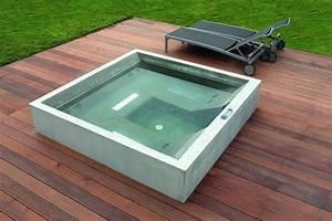 Haus und wohnench portal fur bauen wohnen haus und for Whirlpool garten mit große pflanzkübel beton