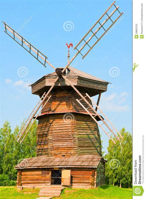 vieux moulin 224 vent en bois russe photos stock image 29853153