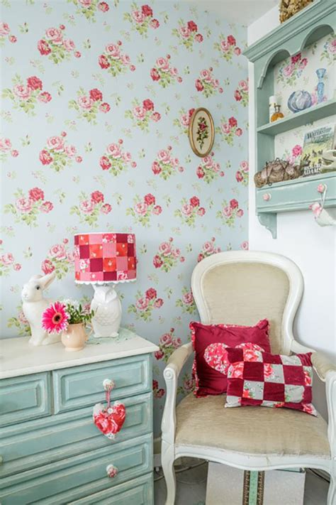 cottage style wallpaper best 25 cottage chic ideas on shabby cottage