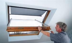 Hitzeschutz Markise Dachfenster Treppen Fenster