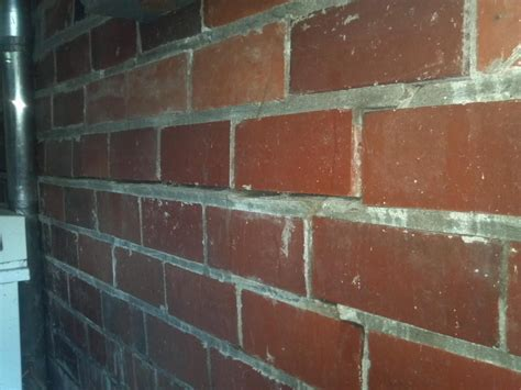 Foundation Repair   Clay Block   Cracked Clay Block Walls