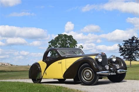 This video about 2019 bugatti chiron's new sky view roof looks cool each of the sky view's glass panels measures 2 feet 1.6. 1935 Bugatti Type 57 Atalante Fold-down Roof For Sale - AAA