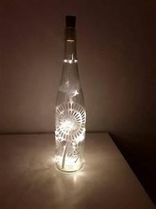 Flasche Mit Lichterkette : pin von chriscaart auf lichtflasche leuchtflasche lichterkette flasche pinterest ~ Frokenaadalensverden.com Haus und Dekorationen
