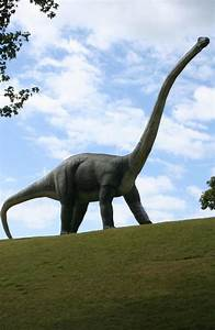 Brontosaurus Returns Famous Name To Be Russurected