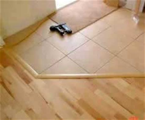 installing hardwood floor moldings