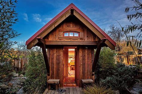 small cabins   diy  buy
