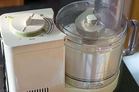 krups küchenmaschine zum kochen foodblog griechische h 252 hnersuppe mit ei zitronen schaum