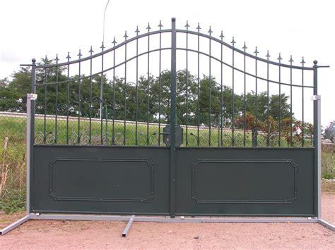 ladaire en fer forge portail exposition fer forge vert charollais brionnais serrurerie c b s