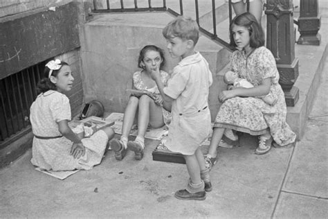 walker evans children playing york 1938 street photographer history documentary biography between 61st avenues 3rd 1st monovisions nyc