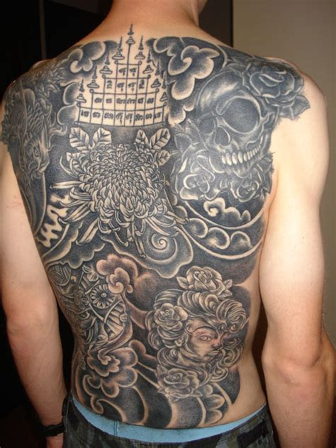 Tatouage Dos Complet Tatouage Dos Complet Noir Bamboo Handmade Inkage