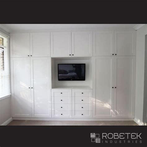 Wardrobe With Dressing Unit by Built In Wardrobe Designs Built In Wardrobe Dressing