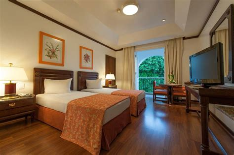 hotel tropical manaus vaya adventures