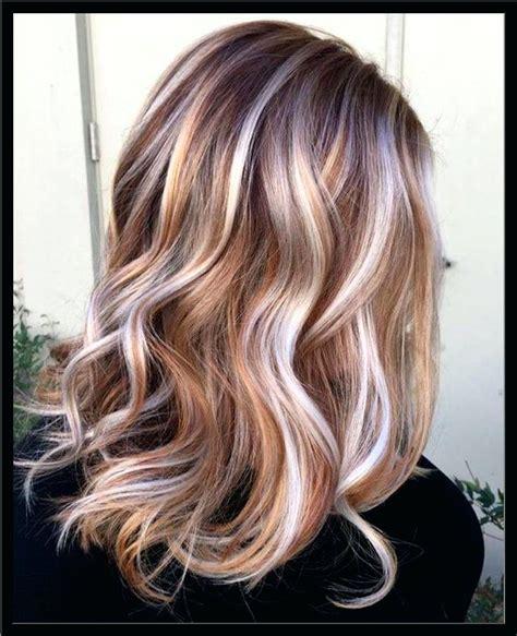 Blonde Strahnchen Frisuren 20 Atemberaubende Braune Haare Mit Blonden Strahnen Blonde Strahnen ...