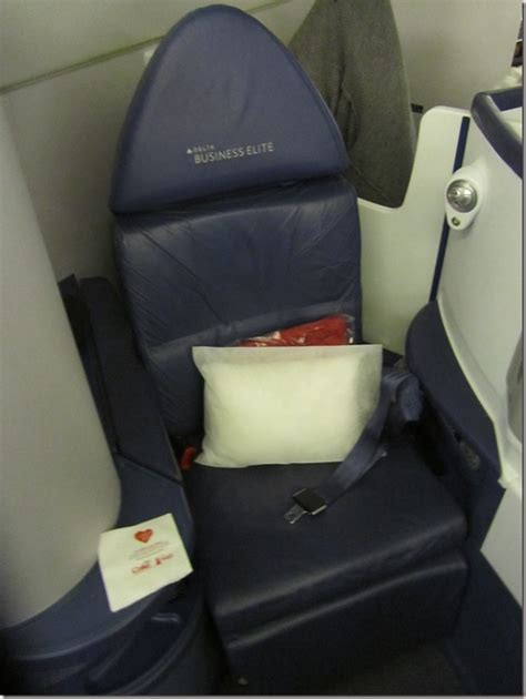 Delta 777 Flatbed Business Class Review  Atlanta To Los