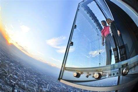 Willis Tower Observation Deck Parking by Skydeck Chicago Facts About The Ledge