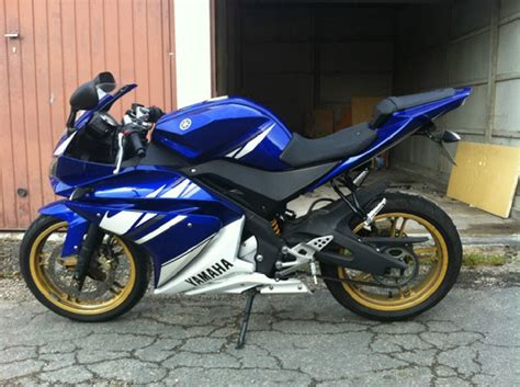 yamaha yzf r125 occasion yamaha yzf r125 2010 d 180 occasion 78130 les mureas yvelines 4 000 km 2 800