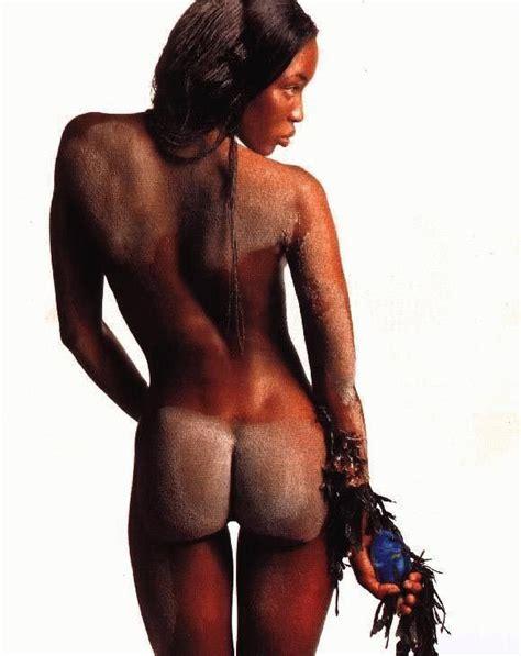 Naomi Campbell Nude Photo Shoot Compilation 21 Pics