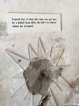 lincoln nm billy  kid jailbreak bullet hole