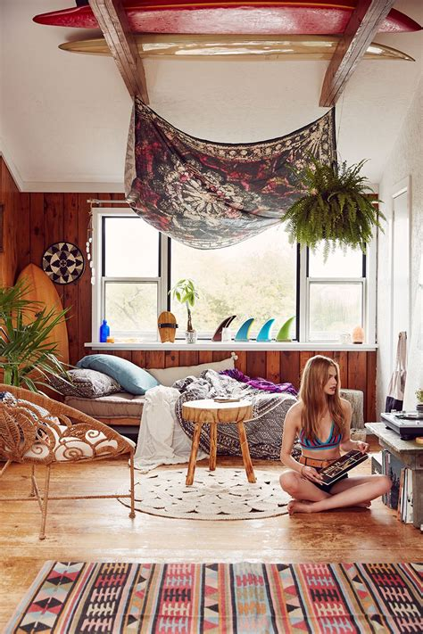 laid  beach style modern bohemian home inspiration