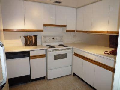 painting kitchen cabinets toronto 80 s kitchen dilemma future home updates 4039